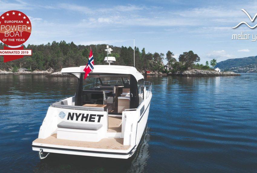 Viknes Båt-0350-Edit_resultaat_MY logo